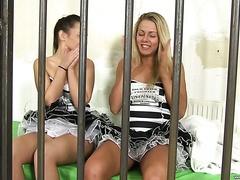 Lesbiennes orgie de traite