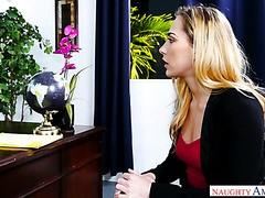 femmes mures en chaleur belle secretaire nue